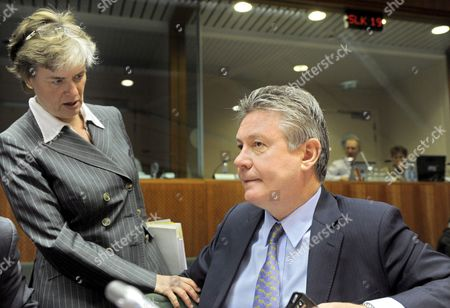 (l-r) Finnish State Secretary For Foreign Affairs Astrid Thors and Belgian Foreign Minister Karel De Gucht Pictured During a Meeting of the General Affairs Council at the European Union Headquarters in Brussels on Monday 18 May 2009 Belgium Brussels