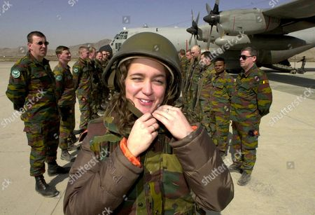 Kabul Afghanistan: Singer Melanie Greets the Belgian Soldiers at the End of the Visit of Belgian Defence Minister Andre Flahaut to the Belgian Soldiers of the International Security Assistance Force (isaf) in Kabul Afghanistan Friday 07 March 2003