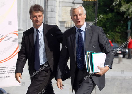 Outgoing State Secretary For the Preparation of the Eu Presidency Olivier Chastel (l) Walks Next to Eu Internal Market and Services Commissioner Michel Barnier As They Arrive For a Meeting of the College of European Commissioners with Representatives of the Belgian Government in Brussels Belgium 02 July 2010 at the Beginning of July 2010 the Rotating Six-montly Presidency of the Eu Council Will Be Taken on by Belgium Belgium Brussels
