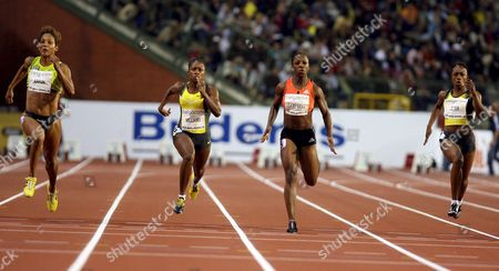 From L-r Christine Arron of France Lauryn Williams of Usa Winner Veronica Campbell of Jamaica and Carmelita Jeter of Usa Compete in the Womens 100m Race at the Golden League Meeting Memorial Van Damme in Brussels 14 September 2007 Belgium Brussels