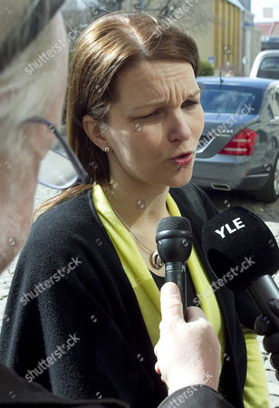 Leader of the Finnish Centre Party and Former Prime Minister Mari Kiviniemi Speaks to the Media Infront of Her Party Office in Helsinki Finland on 18 April 2011 the Centre Party Suffered a Loss in the Parliamentary Elections of 16 Seats in the 200 Seat Parliament and Has Decided to Retreat to the Opposition Finland Helsinki