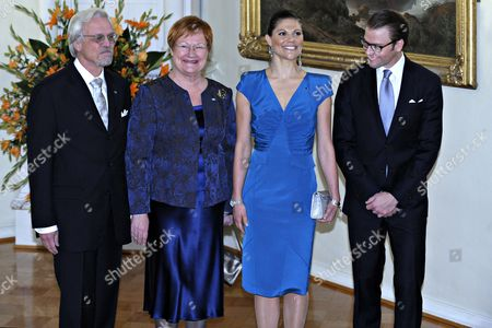 Swedish Crown Princess Victoria (2-r) and Prince Daniel (r) Pose For Media with Finnish President Tarja Halonen (2-l) and Her Husband Doctor Pentti Arajarvi Prior to a Dinner at the Presidential Palace on 01 November 2010 in Helsinki Finland the Swedish Royals Are on an Official Visit to Finland Finland Helsinki