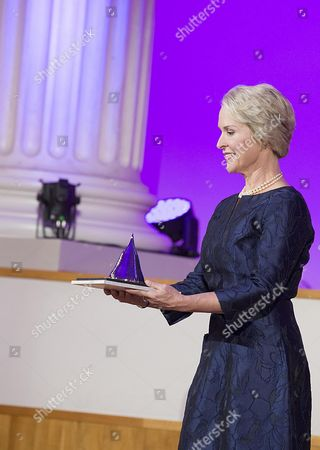 Biochemical Engineer Frances Arnold of the Usa Holds Her the 2016 Millennium Technology Prize For 'Directed Evolution' Which was Awarded to Her by Finland's President Sauli Niinisto (unseen) in Helsinki Finland 24 May 2016 the Technology Academy Finland (taf) Declared the American Scientist Winner of the 2016 Millennium Technology Prize Which is Regarded a Prestigious Award For Technological Innovation That Enhance the Quality of Peoples Lives the Bi-annual Prize That was Awarded For the Seventh Time Since It First was Conferred in 2004 is Donated with One Million Euros Finland Helsinki
