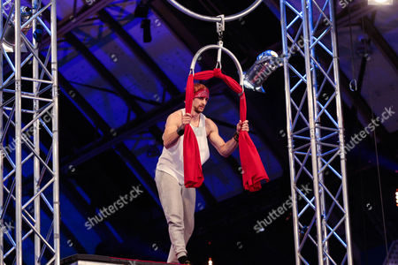 Ninja Warrior UK: Ep5  Pictured: Rob Mills.