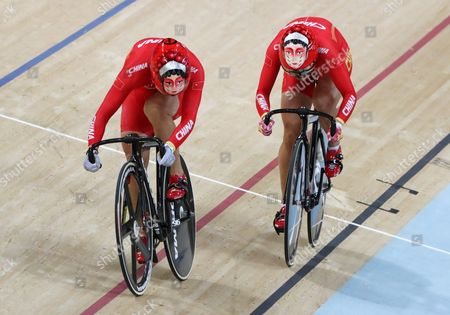 Jinjie Gong (l) and Tianshi Zhong of China in Action During the Women's Team Sprint Final of the Rio 2016 Olympic Games Track Cycling Events at the Rio Olympic Velodrome in the Olympic Park in Rio De Janeiro Brazil 12 August 2016 Brazil Rio De Janeiro