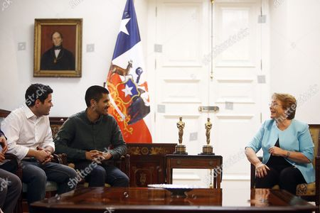 Chilean President Michelle Bachelet (r) Speaks with Director of Punkrobot Production Company Gabriel Osorio (c) and Producer of Punkrobot Patricio Escala (l) During a Meeting at La Moneda Palace in Santiago Chile 01 March 2016 Osorio and His Team of Punkrobot Winning the Academy Awards Oscar For the Animated Short 'Bear Story' Chile Santiago