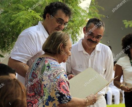 Stock Picture of The Widow of the Deceased Nobel Prize For Literature Recipient Gabriel Garcia Marquez Mercedes Barcha (c) and His Sons Rodrigo Garcia (l) and Gonzalo Garcia (r) Attend a Memorial Ceremony For the Late Author in the Cloister of Mercy in Cartagena Colombia 22 May 2016 Two Years After His Death the Ashes of the Colombian Author of 'One Hundred Years of Solitude' Have Been Returned to Colombia and Will Be Placed in a Memorial Built in His Honor Colombia Cartagena
