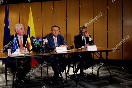 The Special Envoy of the European Union For the Peace Process in Colombia Eamon Gilmore (l) Speaks During a Press Conference Accompanied by Members of the European Parliament Luis De Grandes (c) and Ram?n Jßuregui (r) in Bogota Colombia on 03 October 2016 the European Parliament (ep) Called For Further 'Dialogue For Peace in Colombia' Colombia Bogotß