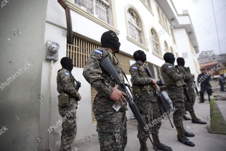 Honduran Military Police Stand Outside Court During a Hearing Against Four Suspects in the Alleged Murder of Environmental Activist and Indigenous Community Leader Berta Caceres in Tegucigalpa Honduras 06 May 2016 the Suspects Identified As Douglas Geovanny Bustillo Mariano Diaz Chavez Edilson Duarte Meza and Sergio Rodriguez Orellana Were Detained in Simultaneous Operations in Tegucigalpa and in the Caribbean Port City of La Ceiba Attorney General's Office Spokesman Yuri Mora Said Honduras Tegucigalpa