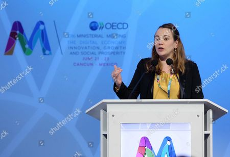French State Secretary For Digital Economy Axelle Lemaire Speaks During the Organisation For Economic Co-operation and Development (oecd) Ministerial Meeting in Cancun Mexico 23 June 2016 the Mission of Oecd is to Promote Policies That Will Improve the Economic and Social Well-being of People Around the World Mexico Cancun