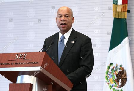Us Secretary of Homeland Security Jeh Johnson Talks During a Joint Press Conference with Mexican Foreign Affairs Secretary Claudia Ruiz Massieu in Mexico City Mexico on 11 October 2016 After the Meeting of Both Officials Johnson Said That Both Countries Continue to Work to Find New Ways of Confronting 'Mutual Security Interests' Especially Tied to Migration Matters Mexico Mexico City
