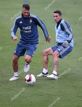 Martin Demichelis (l) and Angel Di Maria (r) of the Argentina National Soccer Team Participates in a Training Session in Lima Peru 04 October 2016 Argentina Will Face Peru in Qualifiction Match For the Fifa World Cup Russia 2018 on 06 October Peru Lima