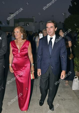 Former Spanish Prime Minister Jose Maria Aznar (r) and His Wife Former Madrid' S Mayor Ana Botella (l) Arrive to the Spanish Association Against Cancer Charity Gala Held in Marbella Malaga Southern Spain 5 August 2016 Spain Marbella (m?laga)