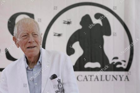 Swedish Actor Max Von Sydow Poses For the Media at His Arrival to the Fantastic Film Festival of Sitges in Sitges Barcelona Catalonia Spain 07 October 2016 where He Will Receive the Honorific Award For All His Career with Films Such As 'Wild Strawberries' 'The Seven Seal' 'The Exorcist' and the Serie 'Game of Thrones' Spain Sitges (barcelona)