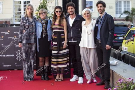 Stock Image of Spanish Director Helena Taberna (2-l) Poses with Actors and Cast Members Ingrid Garcia-jonsson (l) Juana Acosta (3-l) Daniel Grao (3-r) and Ana Gracia and Producer Iker Ganuza During the Photocall of the Film 'Acantilado' (lit: Cliff) at the Film Festival of Malaga Spain 25 April 2016 the Malaga Film Festival Runs From 22 April to 01 May 2016 Spain Malaga