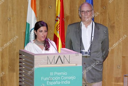 Indian Filmmaker and Screenwriter Zoya Akhtar (l) in Presence of Spanish Filmmaker Carlos Saura Delivers Her Speech After Both Were Awarded by Spain's Queen Letizia During the 3rd Edition of the 'Spain India Council Foundation Award' at the Archaeological Museum in Madrid Spain 12 July 2016 Spain Madrid