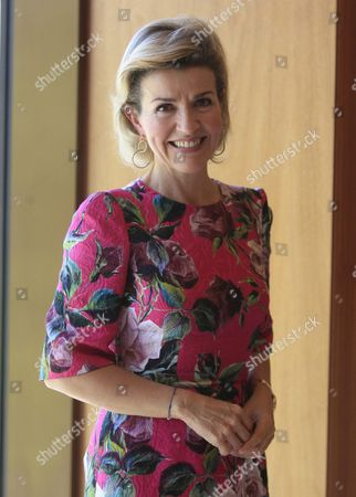German Violinist Anne-sophie Mutter Poses For Photographers After Receiving the Yehudi Menuhin Award From Spanish Queen Sof?a in Madrid 19 June 2016 Spain Madrid