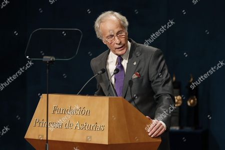 Us Writer Richard Ford Laureate of the 2016 Princess of Asturias Award of Literature Speaks During the 36th Edition of the Princess of Asturias Awards Handover Ceremony at the Campoamor Theatre in Oviedo Province of Asturias Spain 21 October 2016 Spain Oviedo