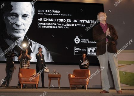 Us Writer Richard Ford (r) During a Meeting with Readers of 99 Readers Association of Public Libraries Held in Oviedo Asturias Northern of Spain on 18 October 2016 where He Will Receive the 21th October the Princess of Asturias Prize of Letters 2016 Spain Oviedo