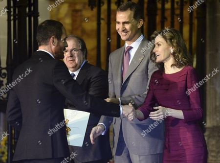 Spain's King Felipe Vi (c) and Queen Letizia (r) Award Spanish Fashion Designer Josep Font (l) in the Fashion Category During the National Culture Awards Ceremony at the Cathedral in Palencia Spain 01 June 2016 Spain Palencia