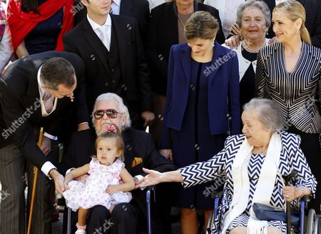 Spain's King Felipe Vi (l) Queen Letizia (c) Stand Next to Mexican Writer Fernando Del Paso (2-l) Holding His Great Grand-daughter and His Wife Maria Del Socorro Gordillo (2-r) After Del Paso Received the Miguel De Cervantes 2015 Award During a Ceremony at the Alcala De Henares University on the Outskirts of Madrid Spain 23 April 2016 the Literary Award is Presented Annually to Honor the Work of an Author in the Spanish Language Since 1975 Spain Alcala De Henares