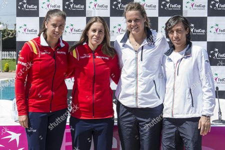Spanish Fed Cup Team Players Sara Sorribes (l) and Anabel Medina (2l) with Italians Karin Knapp (2r) and Francesca Echiavone During the Draw For the Fed Cup World Group Play-off Tie Between Spain and Italy in Lleida Catalonia Northeastern Spain 15 April 2016 Spain Will Face Italy in the Fed Cup World Group Play-offs Games From 16 Until 17 April 2016 Spain Lleida