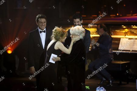 Stock Picture of Spanish Actress Lola Herrera (c) Receives the Max Honor Award From Her Daughter Natalia Dicenta (2l) and Spanish Actors Miguel Angel Munoz (back) and Juanjo Artero (l) During the Awarding Ceremony of the 19th Edition of the Max Awards of Performing Arts Held at the Circo Price Theatre in Madrid Spain 25 April 2016 Spain Madrid
