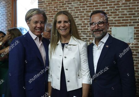 Us Ambassador to Spain James Costos (r) and His Partner Interior Designer Michael S Smith (l) Poses with Spanish Princess Elena (c) During Usa Independence Day Celebrations Held at the Conde Duque Headquarters in Madrid Spain 02 July 2016 Spain Madrid
