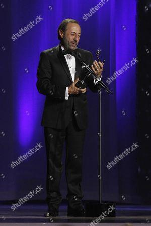Argentinian Actor Guillermo Francella Receives the Best Actor Award During the Platino Ibero-american Film Awards in Punta Del Este Uruguay 24 July 2016 Uruguay Punta Del Este