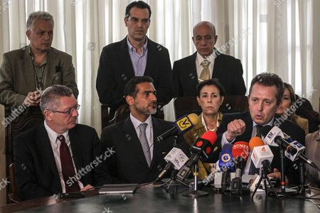 (l-r) Former Spanish Justice Minister Alberto Ruiz Gallardon Venezuelan Lawyer of Leopoldo Lopez Juan Carlos Gutierrez Mother of Lopez Antonieta Mendoza De Lopez and Spanish Lawyer Javier Cremades Participate in a Press Conference in Caracas Venezuela on 22 June 2016 Gallardon and Spanish Lawyer Javier Cremades Presented a Manifest Signed by More Than a Thousand International Jurists in Which They Demand the Freedom of the Venezuelan Opposition Leader Leopoldo Lopez in Prision Since 2014 Venezuela Caracas