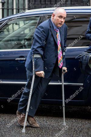 Robert Halfon arriving at Downing Street.