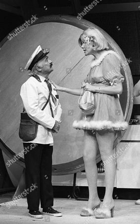 L to R Kenneth Connor and Anita Graham