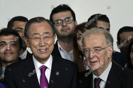 The United Nations Secretary-general Ban Ki-moon (l) and Former Portuguese President Jorge Sampaio During a Meeting with Syrian Students Living and Studying in Portugal Lisbon Portugal 12 May 2016 Portugal Lisbon