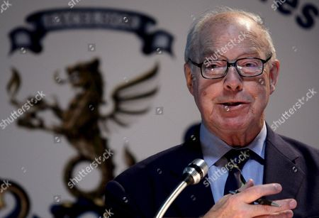 Former Un Weapons Inspector Hans Blix Delivers a Speech During the Conference 'Mediterranean North of Africa and the Nuclear Menace' at the Superior Military Studies Institute in Lisbon Portugal 18 November 2008 Portugal Lisbon