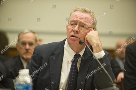 Richard F. Syron, CEO Freddie Mac (2003-2008)