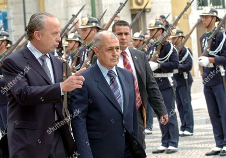 Turkish President Ahmet Necdet Sezer (l) Accompained by Lisbon City Mayor Pedro Santana Lopes Tuesday 10 April 2005 During the Welcoming Cerimonies at the City Hall in Lisbon Portugal Lisbon