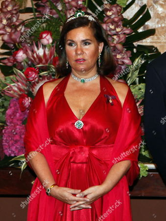 A Picture Dated 07 September 2010 Shows Grand Duchesse Maria Teresa During the Official Wellcoming Dinner at the Ajuda Palace in Lisbon During This Official Dinner Grand Duchesse Maria Teresa of Luxembourg Wore a Tiara (that Used to Be a Neckless) Made of Emeralds and Diamonds That Used to Belong to the Late Grand Duchess Josephine-charlotte of Luxembourg Portugal Lisbon