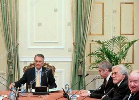 Portuguese President Cavaco Silva (l) Accompanied by Prime Minister Jose Socrates (3-r) Pictured at the State Council Meeting where the Dissolution of the Parliament Will Be Discussed at Belem Palace in Lisbon 31 March 2011 Pressure was Mounting on Portugal to Seek a Bailout As Its 2010 Budget Deficit Turned out Far Higher Than Had Been Announced Finance Minister Fernando Teixeira Dos Santos However Excluded the Possibility of a Financial Rescue Until Early Elections Were Held in About Two Months Time President Anibal Cavaco Silva was Expected to Set the Election Date Later on Thursday Portugal Lisbon