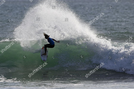 Australian Surfer and New Leader of the World Ranking Stephanie Gilmore in Action During the Cascais Women's Pro at Carcavelos Beach Portugal 05 October 2014 Portugal Cascais