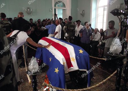 Mourners Pay Their Respect to Cape Verdean Singer Cesaria Evora As She Lies in State During the Funeral Ceremonies in Mindelo Sao Vicente Island Cape Verde 20 December 2011 Evora Died at the Age of 70 in a Hospital in Her Native Country on 17 December 2011 Cape Verde Mindelo