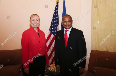 Jose Maria Neves Prime Minister of Cape Verde and Us Secretary of State Hillary Rodham Clinton (l) Pose During Her Visit to the Island 17 January 2012 at Sal International Airport in Cape Verde Cape Verde Sal International Airport