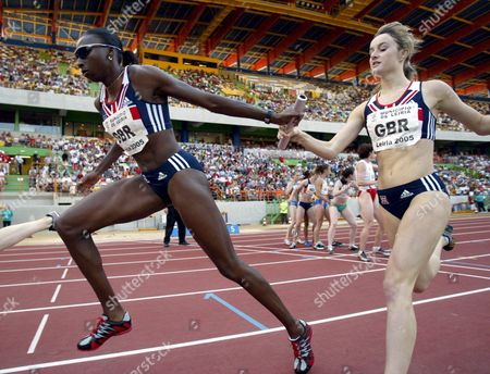Great Britain's Donna Fraser and Kim Wall in Action in Women's 4 X 400m Relay Event at the Atletics European Cup at the Magalhaes Pessoa Stadium in Leiria 19 June 2005 Portugal Leiria