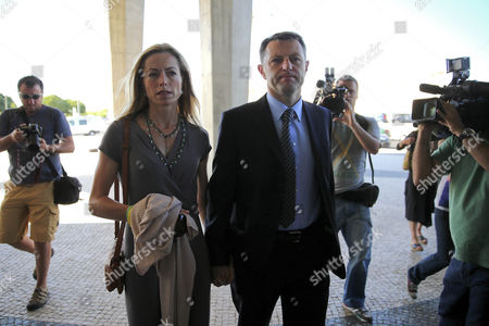 Gerry Mccann (r) and Kate Mccann (l) the Parents of the Disappeared British Child Madeleine Arrive For the Libel Case Against Former Portuguese Police Chief Goncalo Amaral at Lisbon's Palace of Justice in Lisbon Portugal 16 June 2014 the Mccanns Were to Appear in Court to Testify at the Trial of the Former Police Chief They Are Suing For Libel Over His 'Devastating' Claims the Parents Were Covering Up Madeleine's Death Portugal Lisbon
