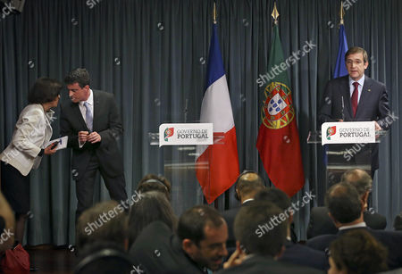 French Prime Minister Manuel Valls (l) and His Portuguese Counterpart Pedro Passos Coelho (r) Speak to the Journalists During a Press Conference After Their Meeting at Sao Bento Palace in Lisbon Portugal 10 April 2015 Manuel Valls is on a One Day Visit to Lisbon Portugal Lisbon