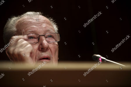 Former President of the European Commission Jacques Delors Speaks at the Conference 'The Priority: Strengthen the Economic and Monetary Union' at Calouste Gulbenkian Foundation in Lisbon Portugal 05 June 2013 Portugal Lisbon