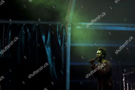 British-ghanaian Singer-songwriter Kwabena Sarkodee Adjepong Aka 'Kwabs' Performs During a Concert at the Super Rock Festival in Lisbon Portugal 15 July 2016 the Festival Runs From 14 Trough 16 July Portugal Lisbon