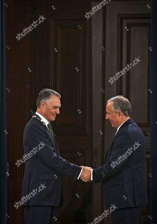 Portugal's President Marcelo Rebelo De Sousa (r) Honors Portugal's Former President Anibal Cavaco Silva (l) with the Order of Freedom in Lisbon Portugal 09 March 2016 Portugal Lisbon