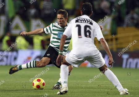 Sporting Player Joao Moutinho (l) is Challenged by Vitoria De Setubal Player Ricardo Chaves During the Portuguese First League Soccer Match Between Sporting and Vitoria at Alvalade Xxi Stadium in Lisbon 09 May 2009 Portugal Lisbon