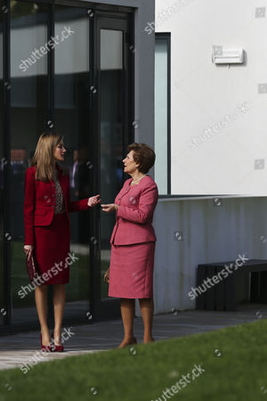Queen Letizia of Spain (l) Accompanied by Portuguese First Lady Maria Cavaco Silva (r) Visits the Casa Dos Marcos That Provides Specialized Services For People with Rare Diseases in Moita Setubal Municipality Portugal 07 November 2014 Portugal Setubal