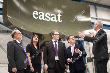 L-R Ruth Smeeth, Gareth Snell and Lord Robertson of Port Ellen in a RADAR testing room